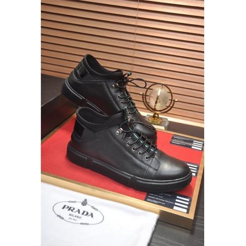Prada Casual Shoes For Men #813652