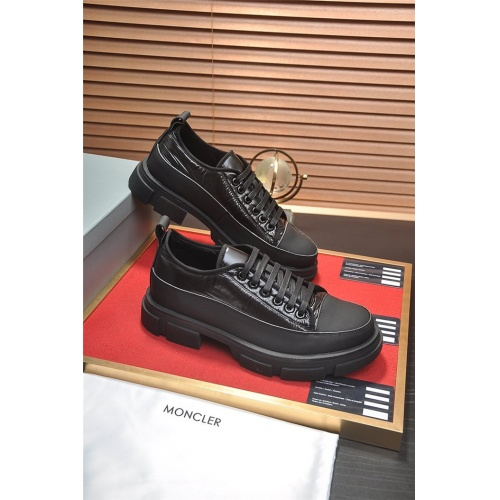 Moncler Casual Shoes For Men #813671