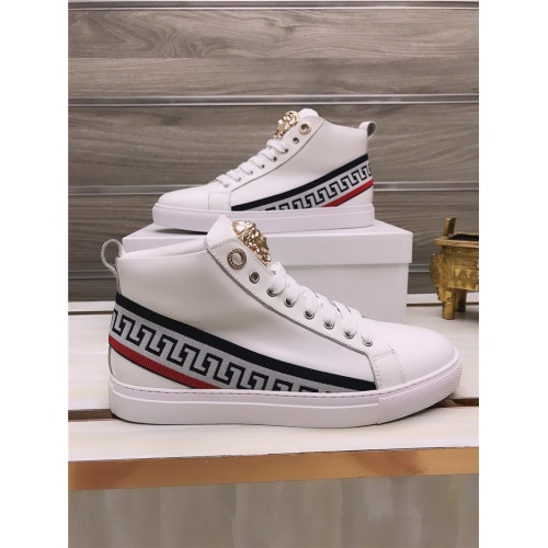 Versace High Tops Shoes For Men #813692