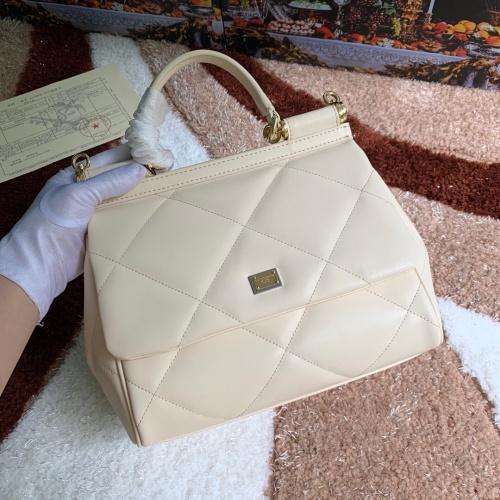 Dolce & Gabbana D&G AAA Quality Messenger Bags For Women #813772