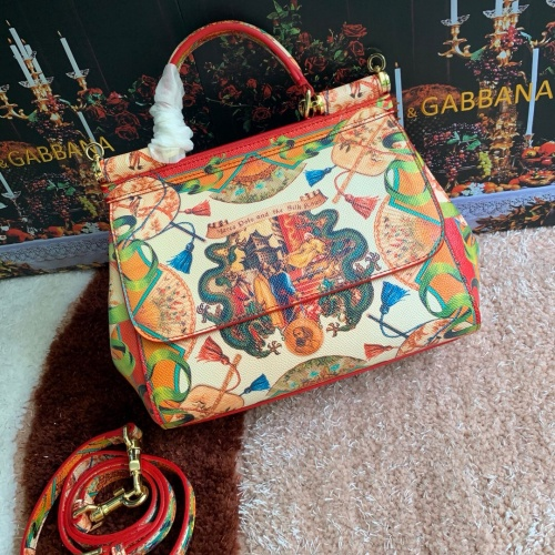 Dolce & Gabbana D&G AAA Quality Messenger Bags For Women #813820