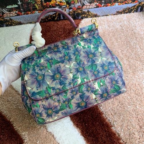 Dolce & Gabbana D&G AAA Quality Messenger Bags For Women #813824