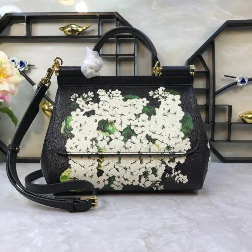 Dolce & Gabbana D&G AAA Quality Messenger Bags For Women #813826