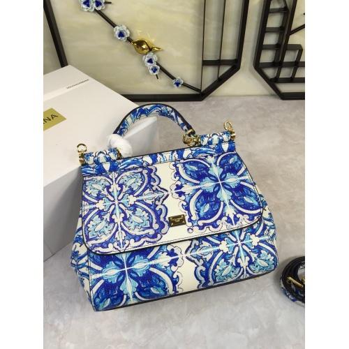 Dolce & Gabbana D&G AAA Quality Messenger Bags For Women #813827