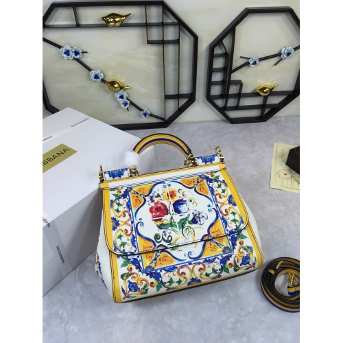 Dolce & Gabbana D&G AAA Quality Messenger Bags For Women #813846