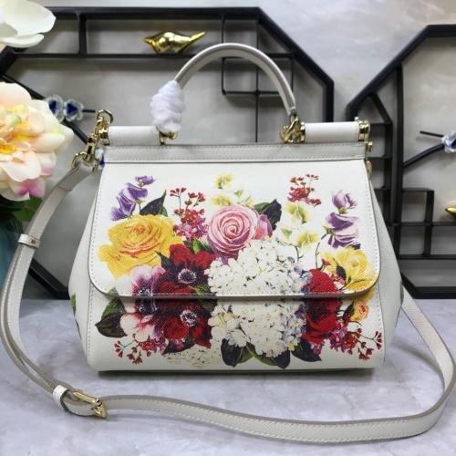 Dolce & Gabbana D&G AAA Quality Messenger Bags For Women #813873