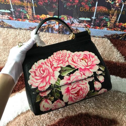 Dolce & Gabbana D&G AAA Quality Messenger Bags For Women #813876