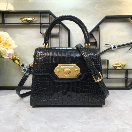 Dolce & Gabbana D&G AAA Quality Messenger Bags For Women #813886