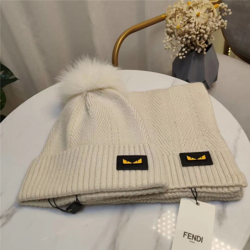 Fendi Scarf & Hat Set #813978