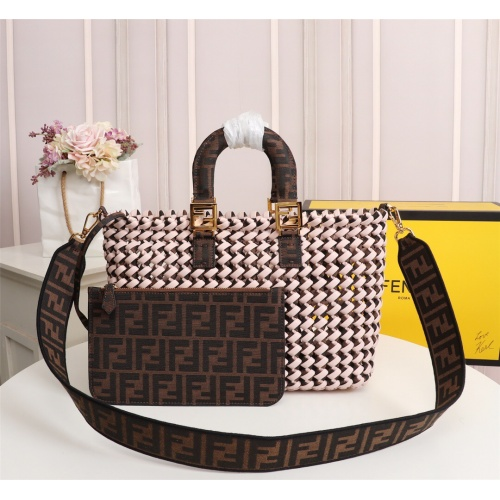 Fendi AAA Quality Handbags For Women #814005