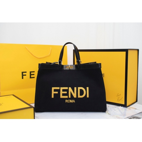 Fendi AAA Quality Handbags For Women #814008