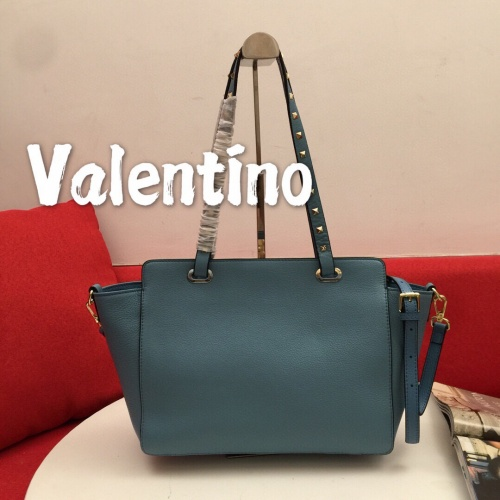 Valentino AAA Quality Handbags For Women #814016