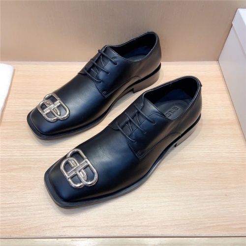 Balenciaga Leather Shoes For Men #814061