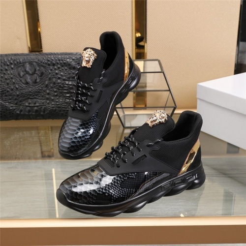 Versace Casual Shoes For Men #814074