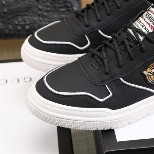 Replica Versace Casual Shoes For Men #814077 $82.00 USD for Wholesale