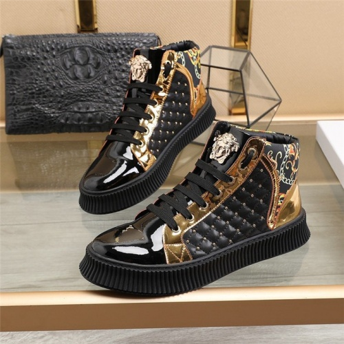 Versace High Tops Shoes For Men #814081