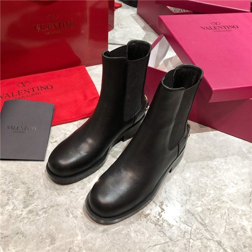 Valentino Boots For Women #814327
