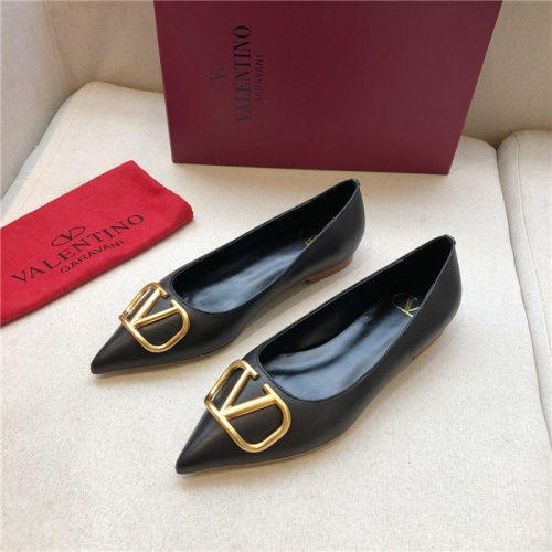 Valentino Flat Shoes For Women #814343