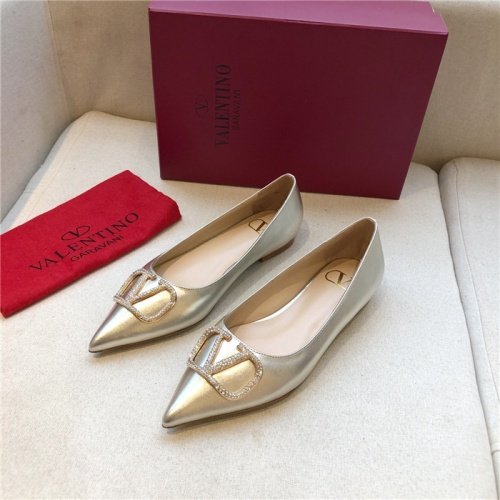 Valentino Flat Shoes For Women #814346