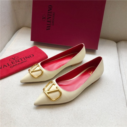 Valentino Flat Shoes For Women #814363
