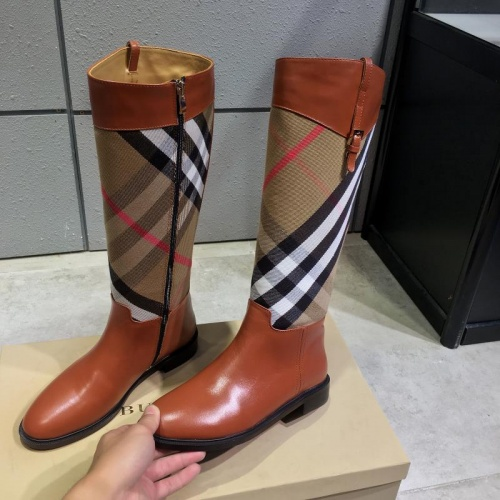 Burberry Boots For Women #814367