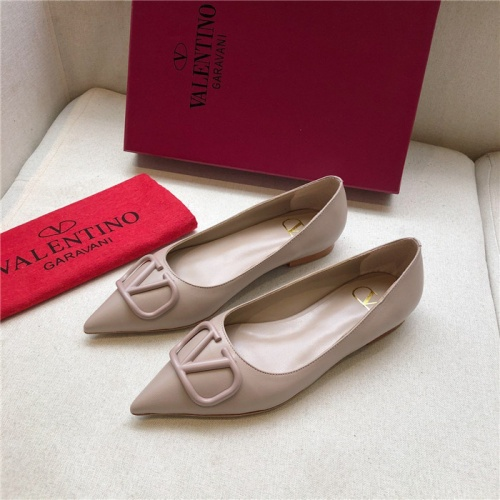 Valentino Flat Shoes For Women #814368
