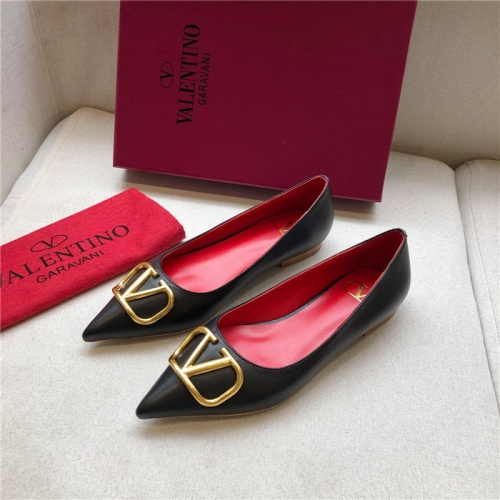 Valentino Flat Shoes For Women #814372