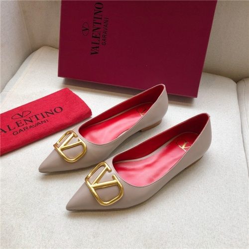 Valentino Flat Shoes For Women #814380