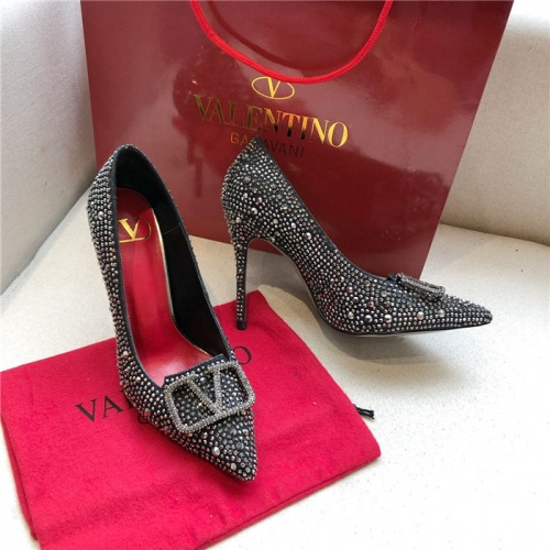 Valentino High-Heeled Shoes For Women #814392