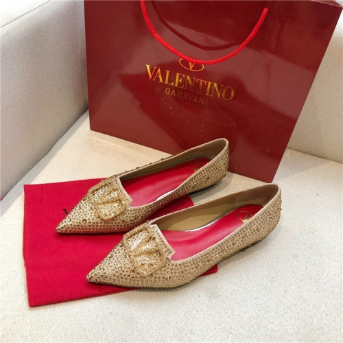 Valentino Flat Shoes For Women #814398