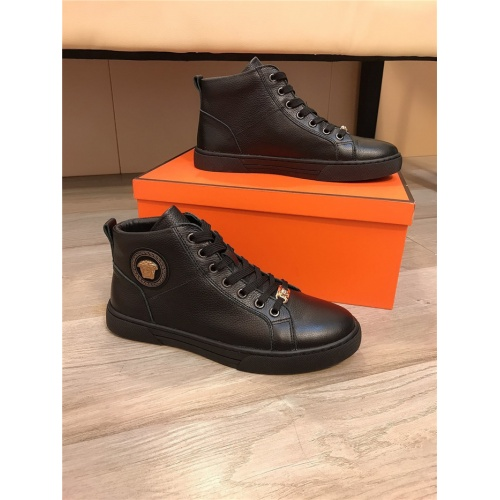 Versace High Tops Shoes For Men #814524