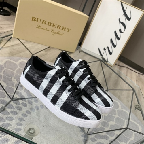 Burberry Casual Shoes For Men #814582