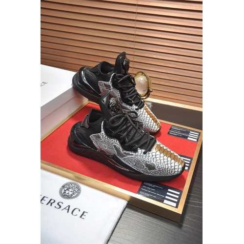 Versace Casual Shoes For Men #814645