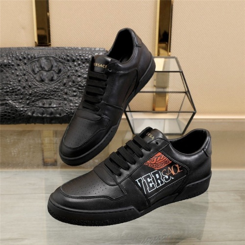 Versace Casual Shoes For Men #814667