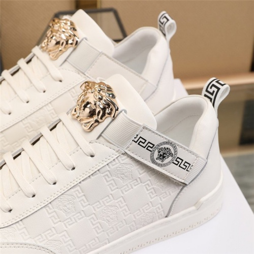 Replica Versace Casual Shoes For Men #814672 $82.00 USD for Wholesale