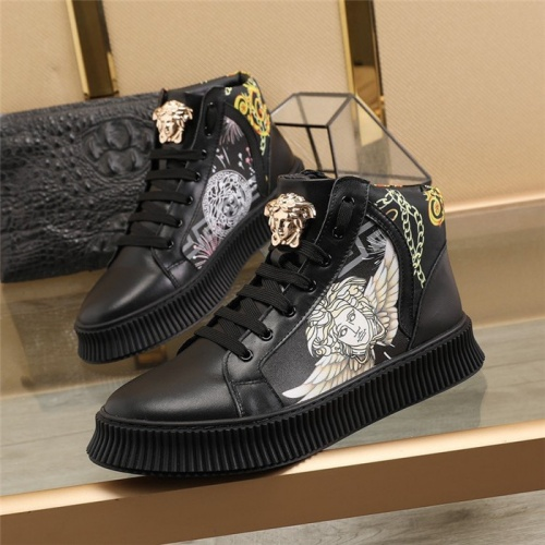 Versace High Tops Shoes For Men #814680