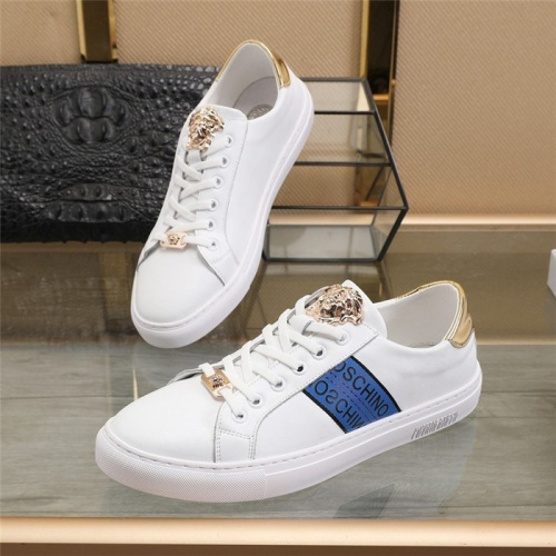 Versace Casual Shoes For Men #814692