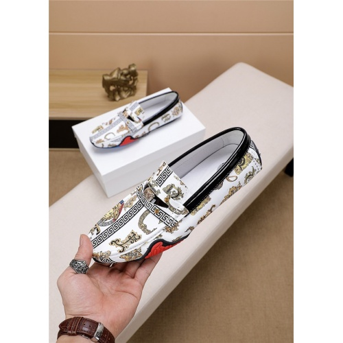 Versace Casual Shoes For Men #814919