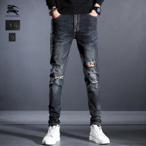 Burberry Jeans Trousers For Men #815000