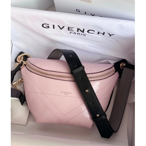 Givenchy AAA Quality Messenger Bags #815539