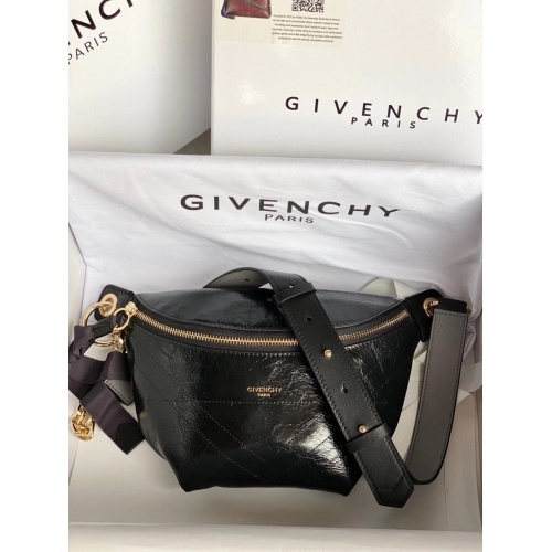 Givenchy AAA Quality Messenger Bags #815540