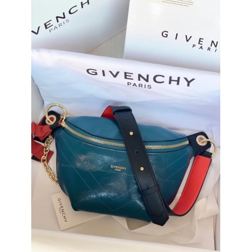 Givenchy AAA Quality Messenger Bags #815541