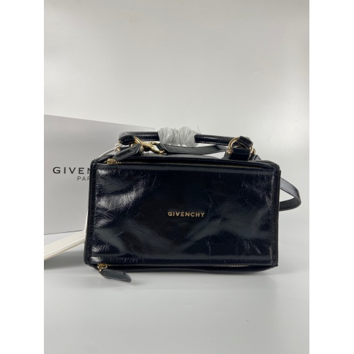 Givenchy AAA Quality Messenger Bags #815542
