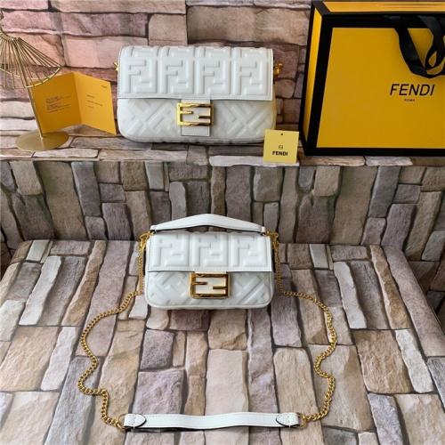 Fendi AAA Quality Messenger Bags For Women #815599