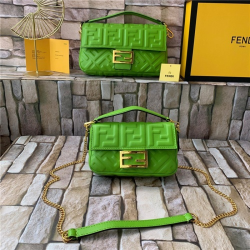 Fendi AAA Quality Messenger Bags For Women #815601