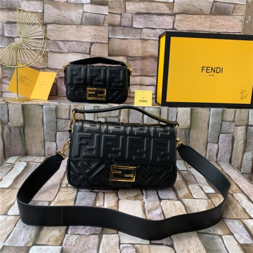Fendi AAA Quality Messenger Bags For Women #815606