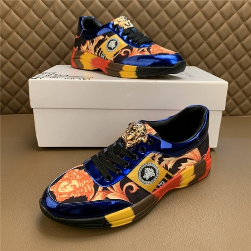 Versace Casual Shoes For Men #815681
