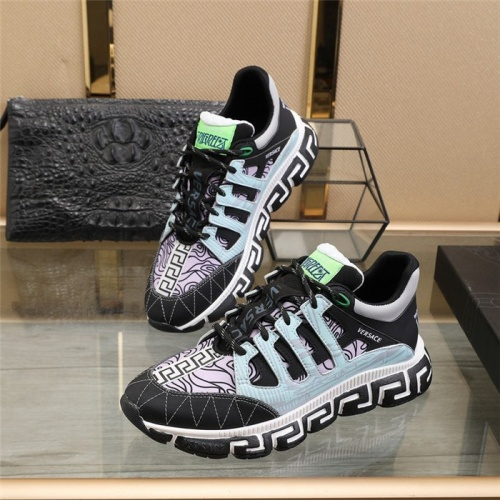 Versace Casual Shoes For Men #815738