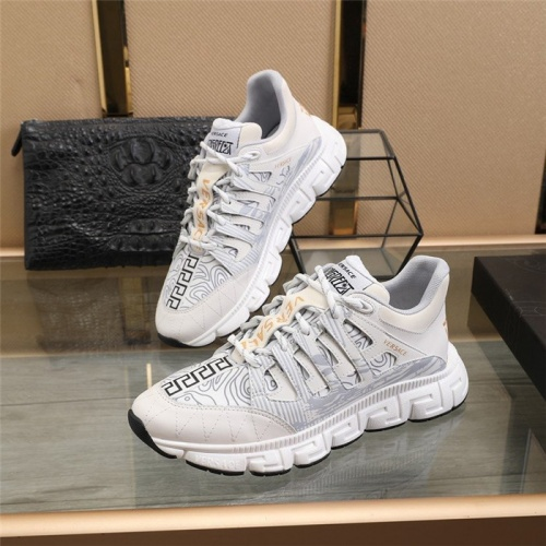 Versace Casual Shoes For Men #815739