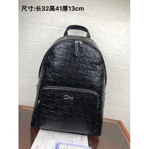 Christian Dior AAA Man Backpacks #815792